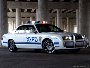 1024x768-Ford-NYPD-car